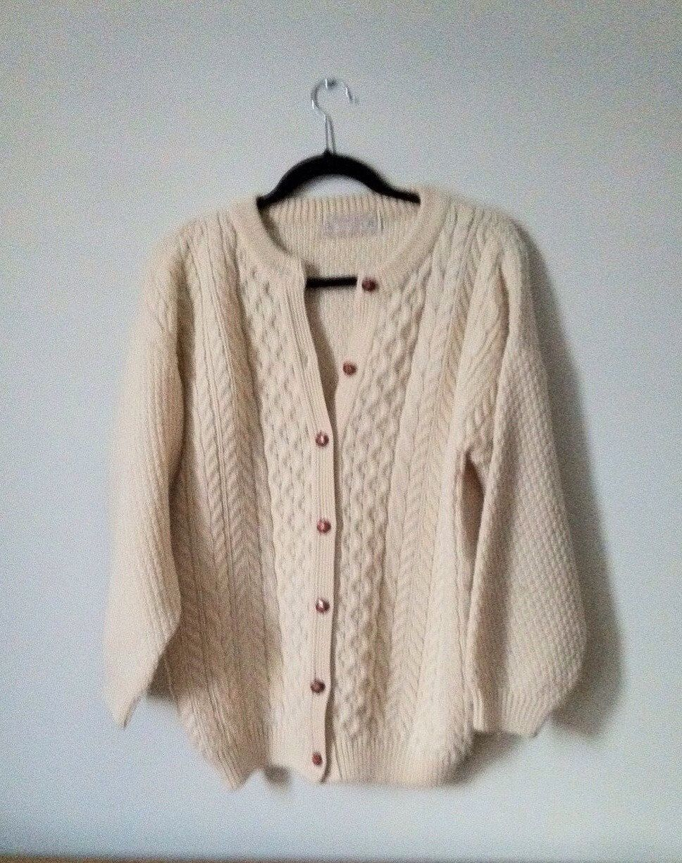 Vinage Scottish Knit Wool Sweater. Cream Colour Wool Cardigan ...