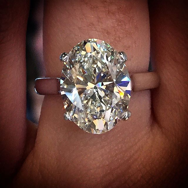 5 Reasons NOT to a halo engagement ring Engagement Rings Pinterest