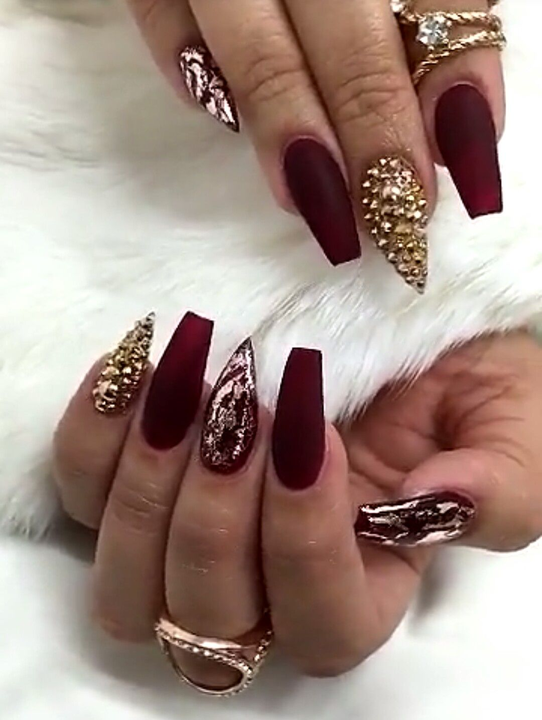 Another Beautiful set by @Customtnails1. Love the matte burgundy ...