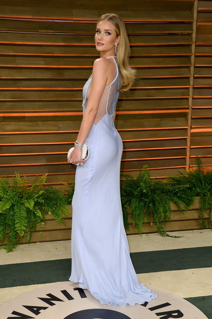 Rosie Huntington-Whiteley attends the 2014 Vanity Fair Oscar Party hosted by Graydon Carter on March 2, 2014 in West Hollywood