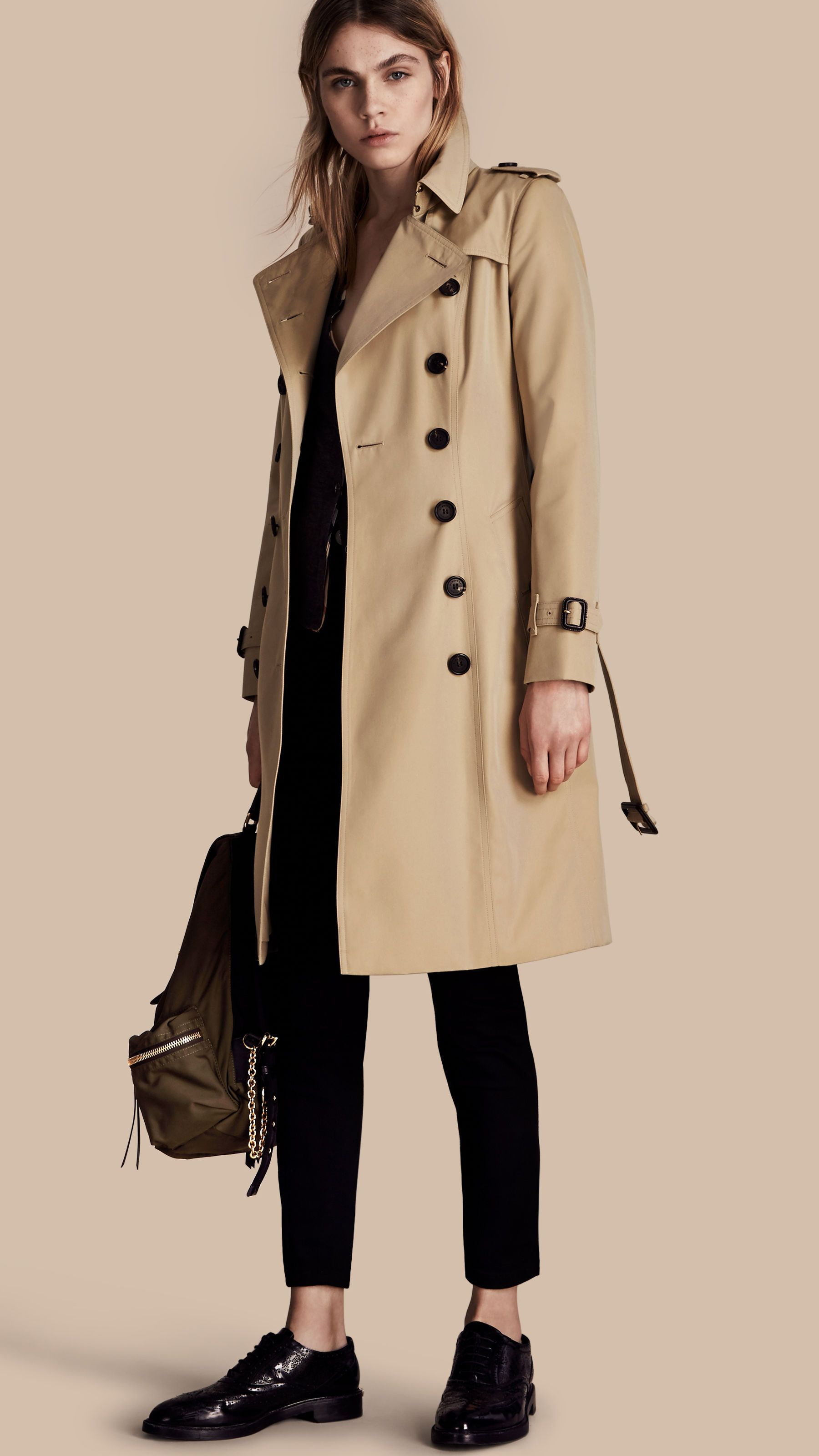 60f8f1077b97 The Chelsea – Long Heritage Trench Coat Honey | Burberry | Women's ...