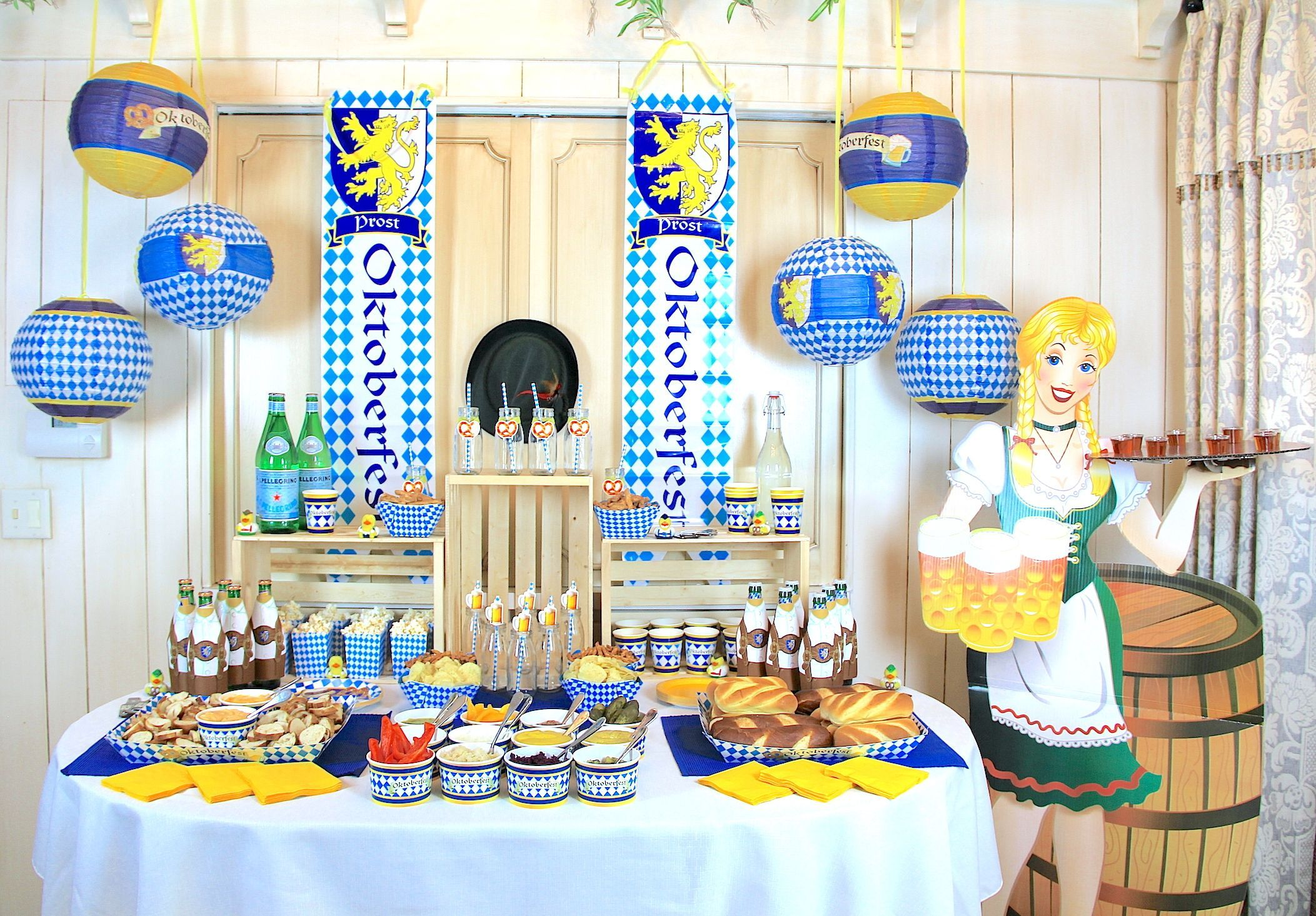 Host a Traditional German Oktoberfest Party #octoberfestfood oktoberfest party octoberfest decorations #octoberfestfood