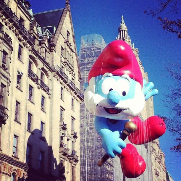 Macy's Thanksgiving Day Parade:Papa Smurf
