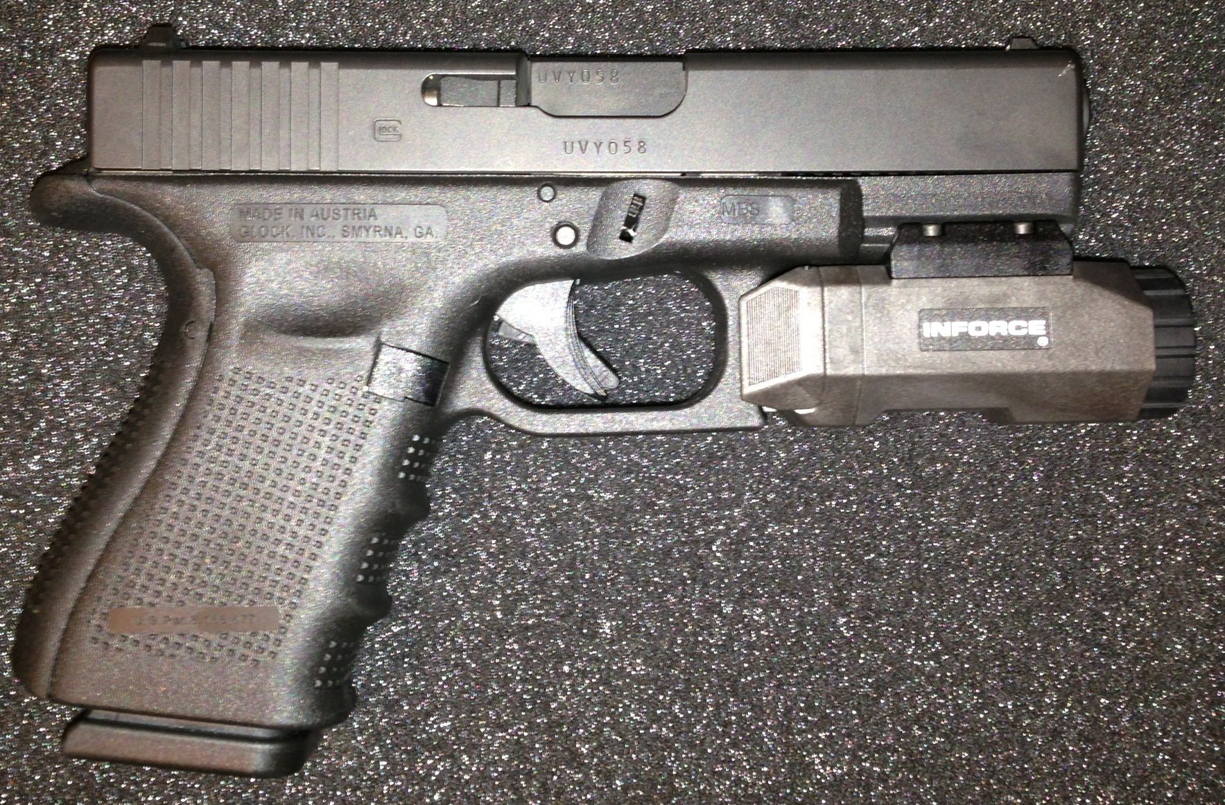 My Gen4 Glock 19 with an Inforce APL, beavertail back-strap ...