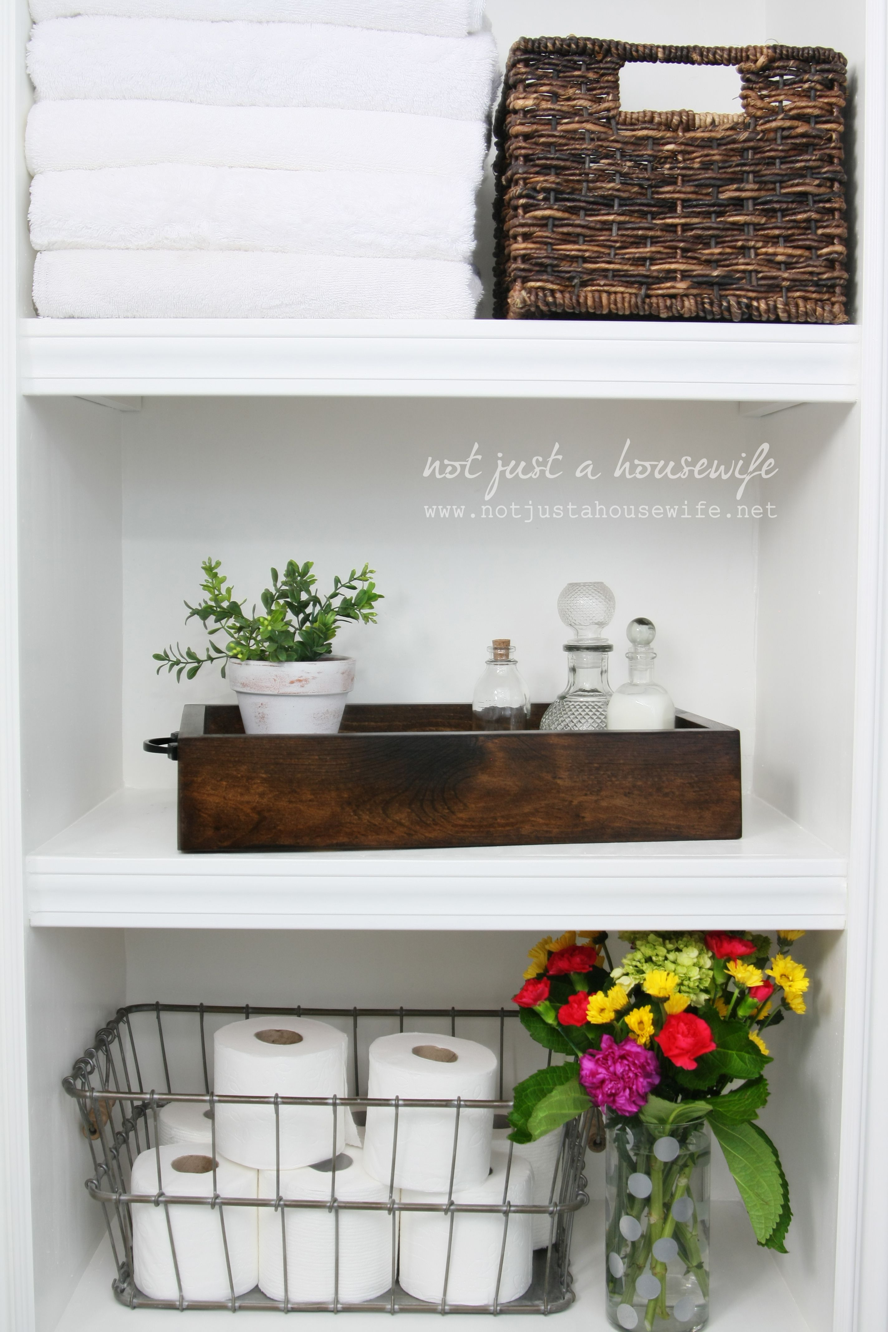 Bathroom Shelves Decorated1 Bath Toaletylad A