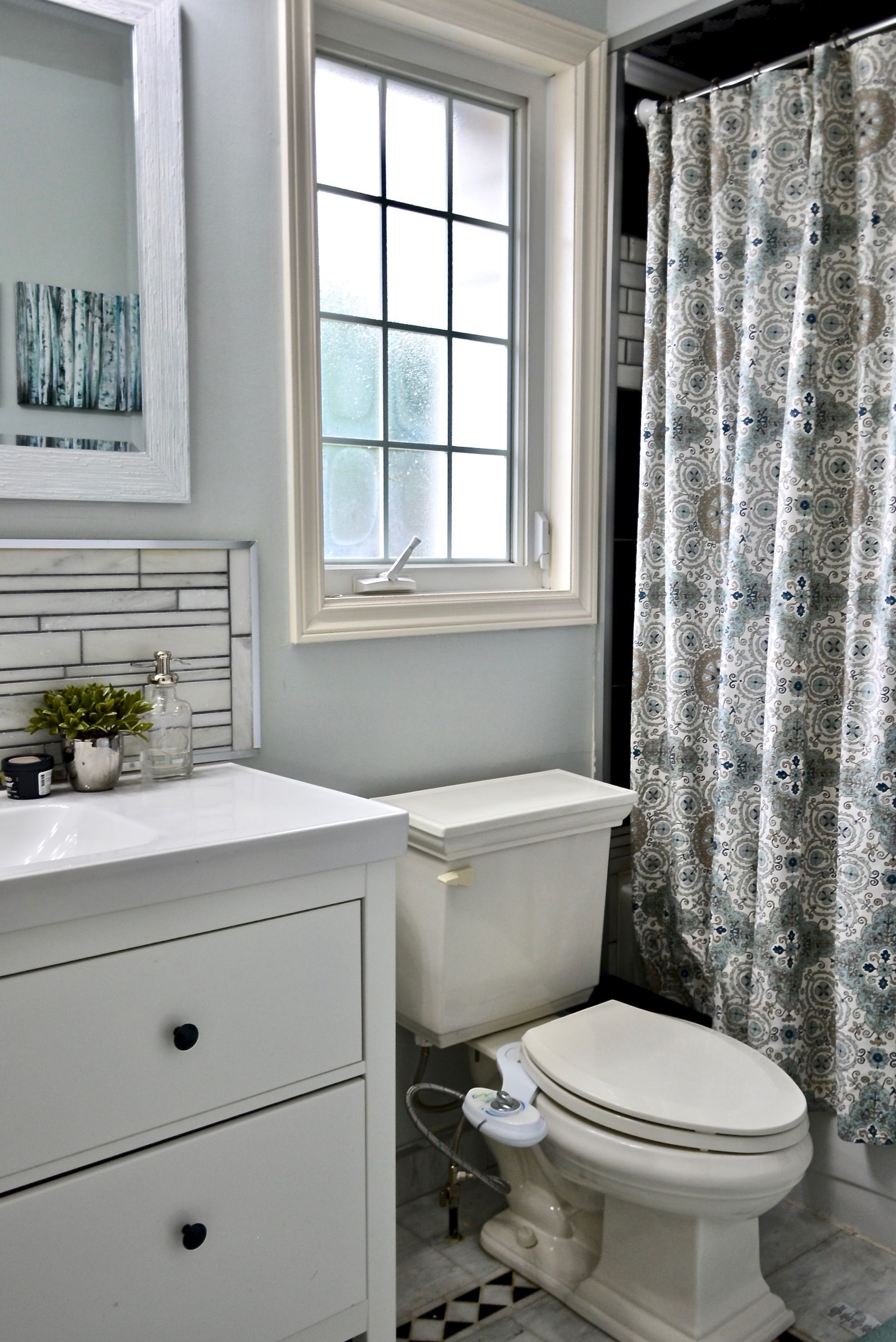 Modern Farmhouse Bathroom Design By Dominika Pate Interiors #Farmhouse #Farmhousedecor