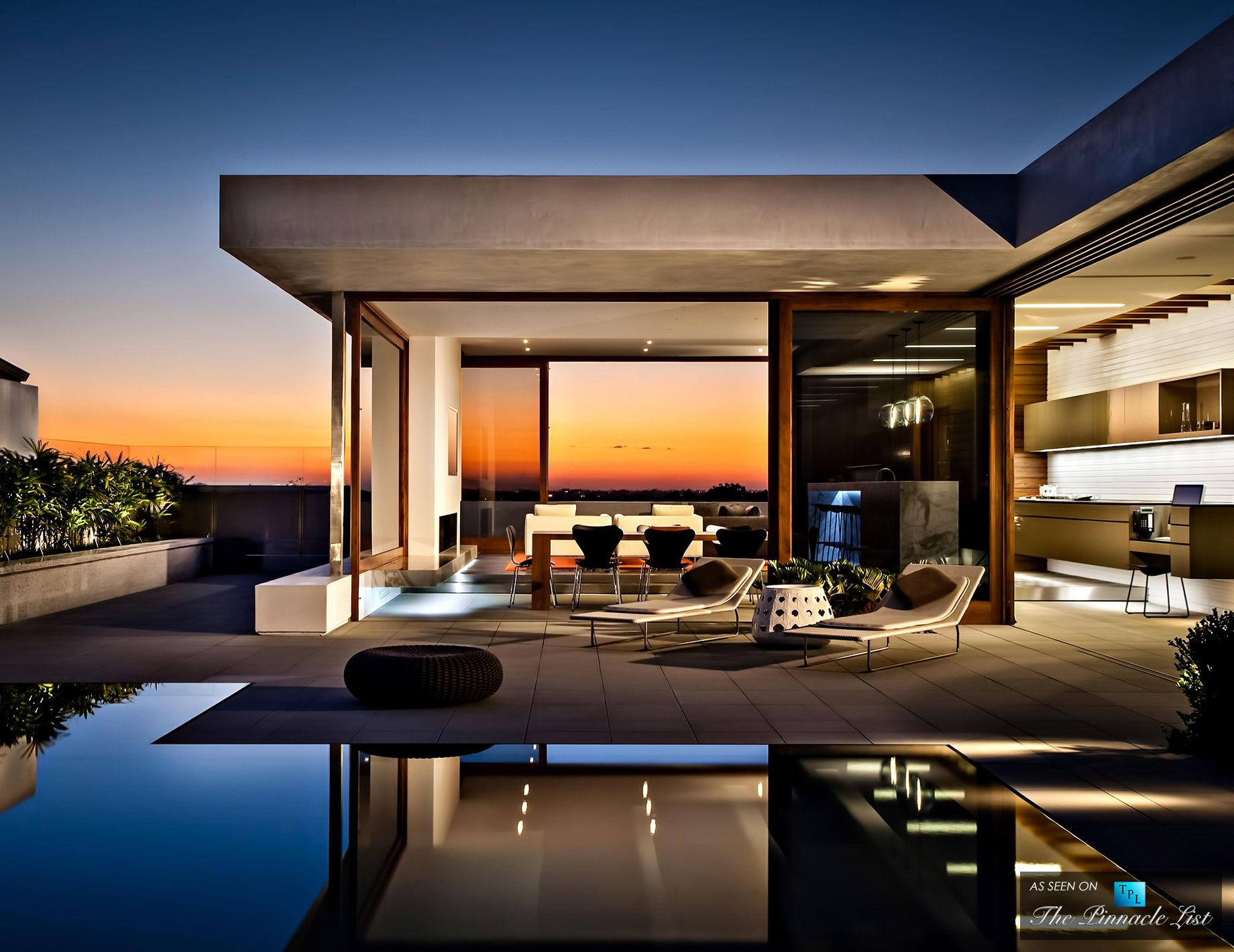 Cormac residence newport beach ca arquitectura for Casa minimalista harbor view hills arquitecto laidlaw schultz california