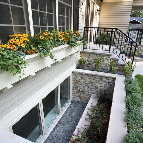 window well landscape design ideas cour anglaise. Black Bedroom Furniture Sets. Home Design Ideas