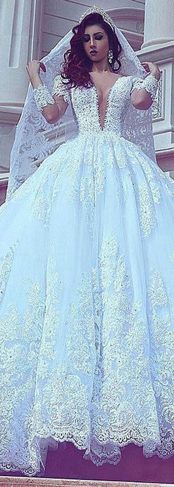 Attractive Tulle V-neck Neckline Ball Gown Wedding Dresses With Lace ...