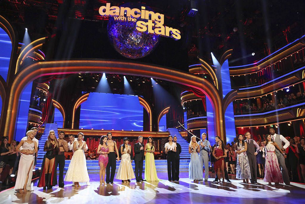 """Kym Johnson & Ingo Rademacher celebrated """"The Best year of Their Life"""" with hosts & cast of Season 16."""