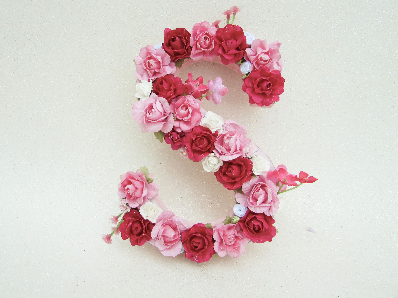 Floral name letter Pink flower letter S Flower name letter