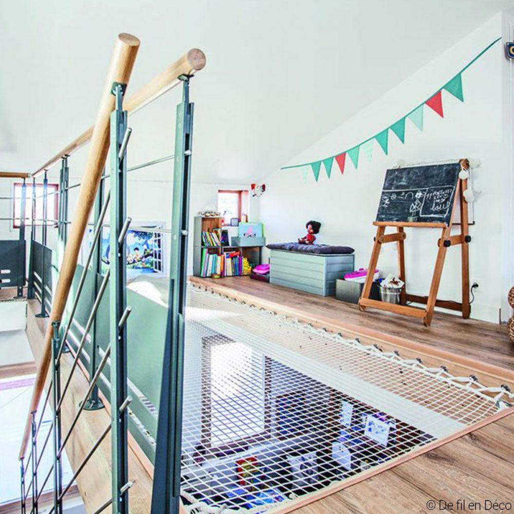 am nagement d 39 une salle de jeux dans une mezzanine. Black Bedroom Furniture Sets. Home Design Ideas