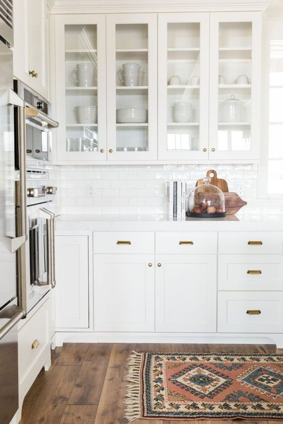 White Shaker Cabinets: The Ultimate Design Guide