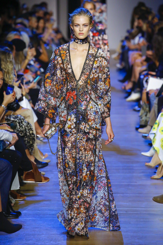Prada FallWinter 2015-2019 Collection – Milan Fashion Week