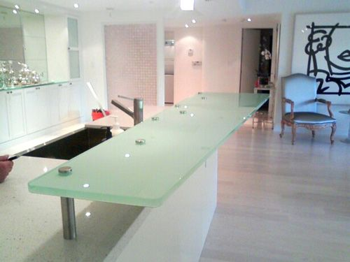 Attrayant 3/4u2033 Back Painted Low E Glass Bar Top