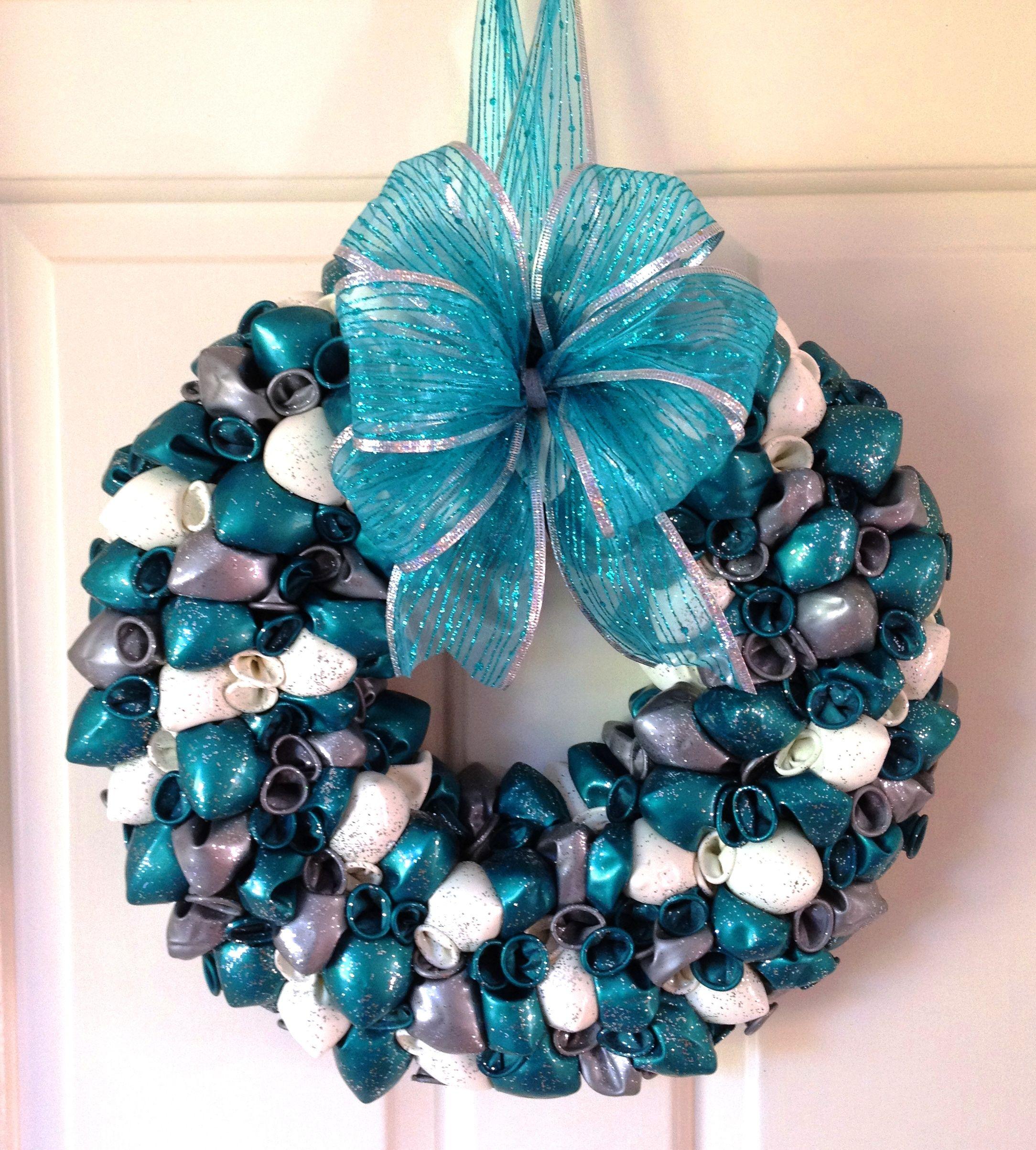 Christmas Balloon Wreath Teal Silver White Www Balloon Atics Co Uk Birthday Balloon Wreath Balloon Wreath Wreaths