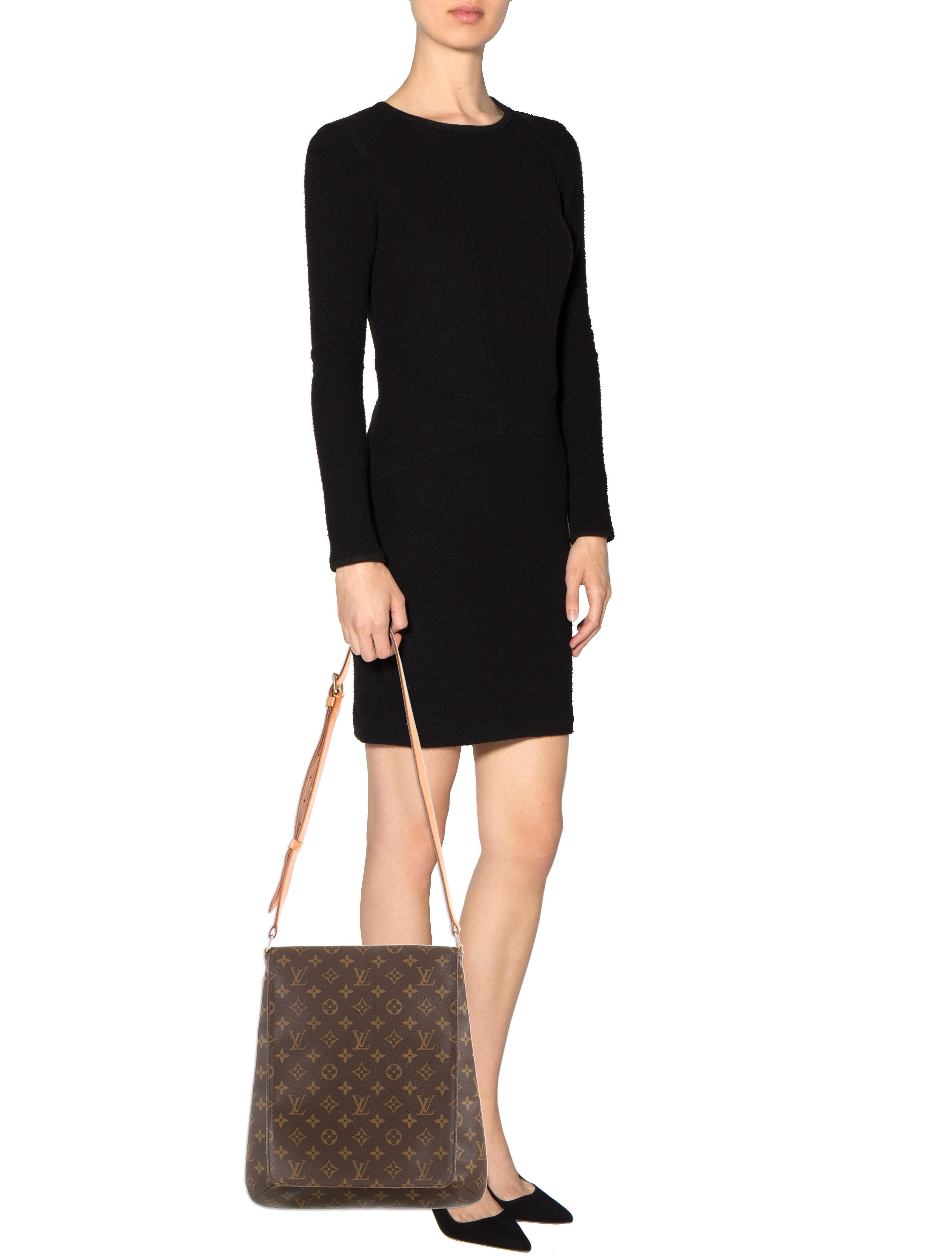 29273c293412 Louis Vuitton Musette Salsa Gm As1929 Brown Monogram Cross Body Bag. Get  the trendiest Cross Body Bag of the season! The Louis Vuitton Musette Salsa  Gm ...