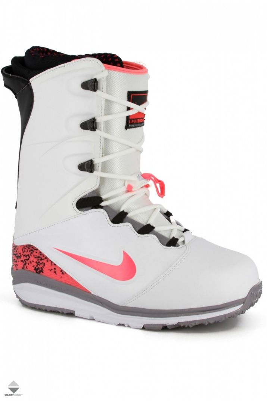 Buty Snowboardowe Nike Lunarendor White Hot Lava 586532 160 Nike Air Max Sneakers Sneakers Nike