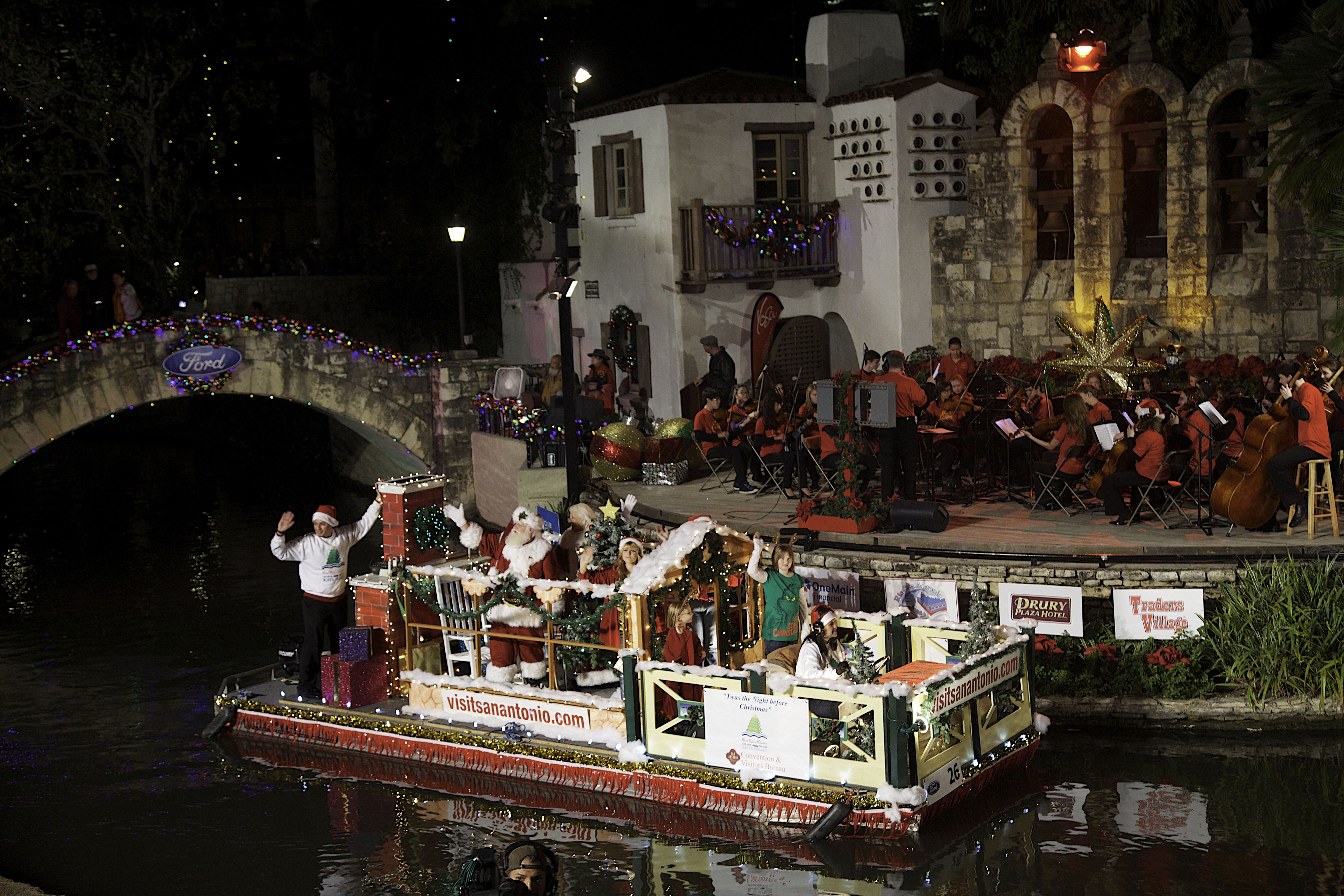 Our Quot Twas The Night Before Christmas Quot Float At The Ford