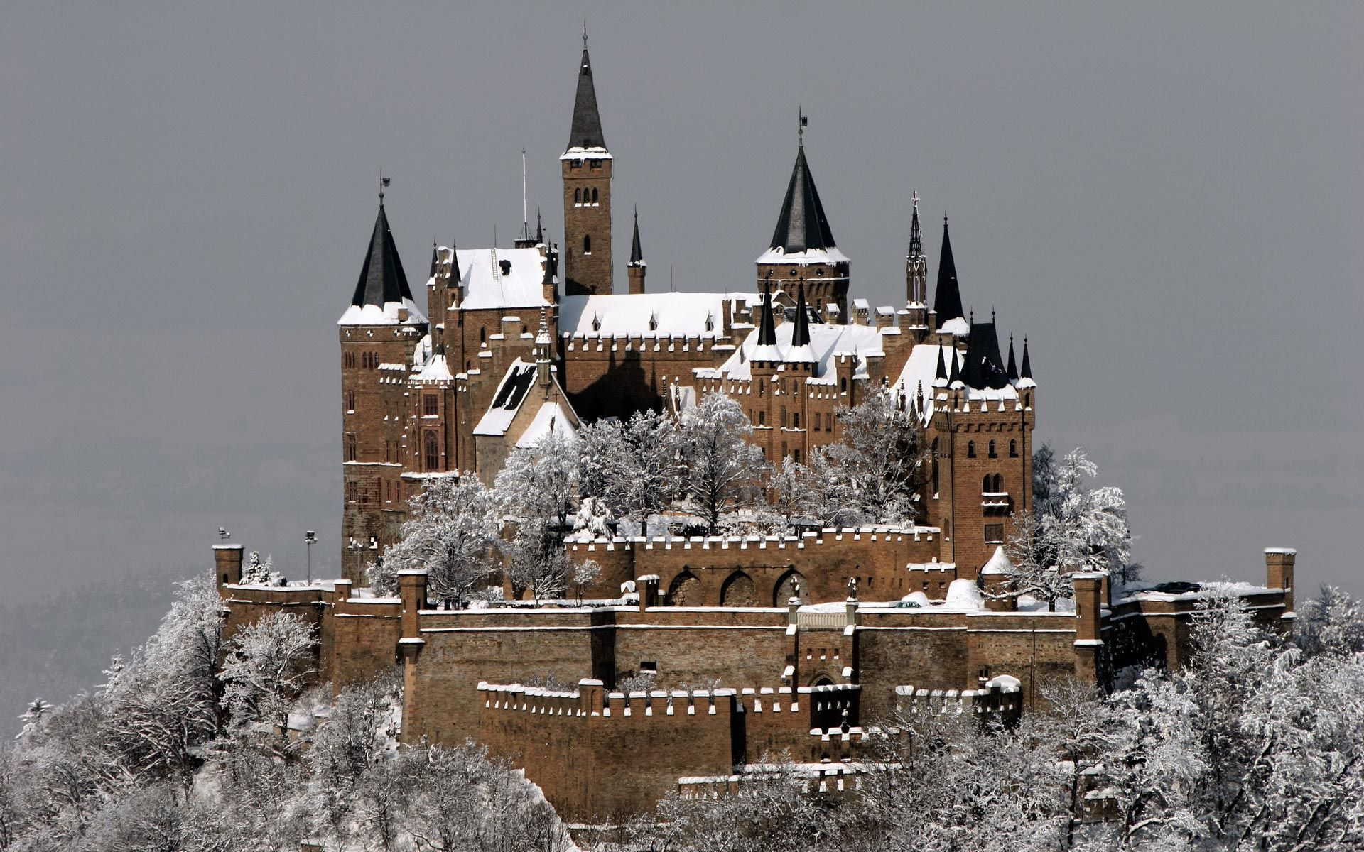 Hohenzollern Castle Stuttgart Germany Hohenzollern Castle Germany Castles Castle Pictures