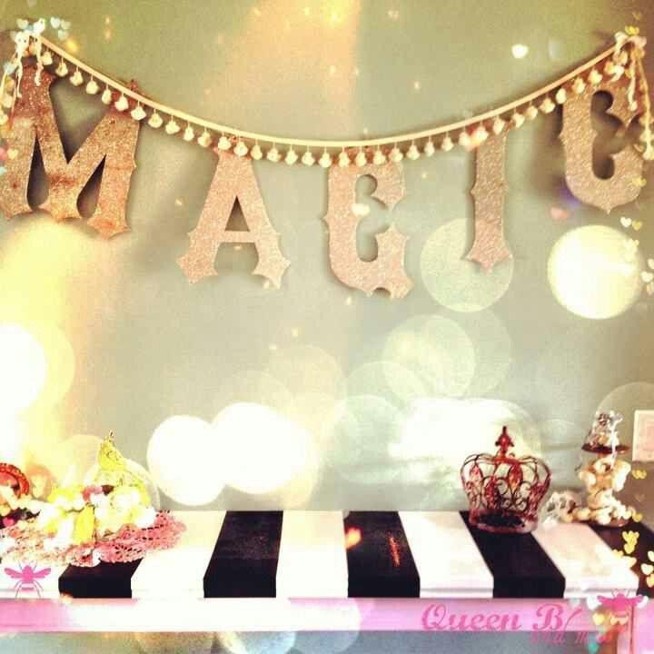 By Queen B And Me Via Facebook Studio Decor Bistro Kitchen Vintage Carnival