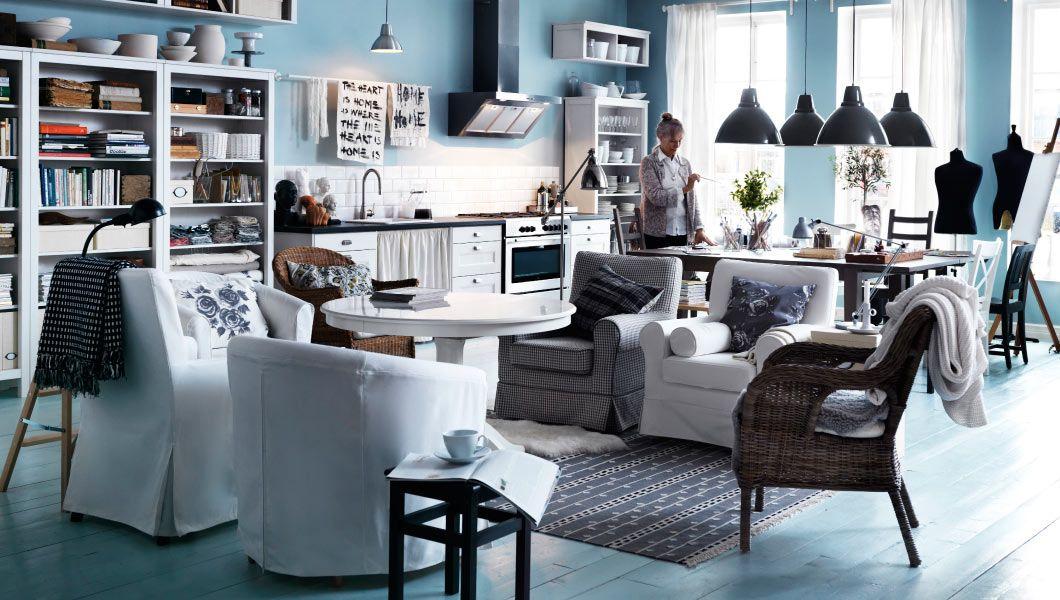 IKEA Osterreich Inspiration Wohnzimmer EKTORP JENNYLUND Und TULLSTA Sessel BYHOLMA LIATORP Esstisch HEMNES Bucherregale