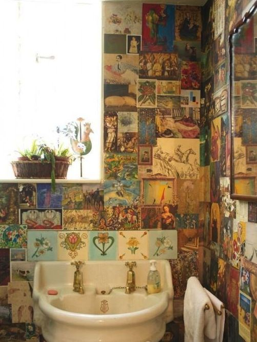 vintage, I would love to put pictures on the wall!!! Bathroom