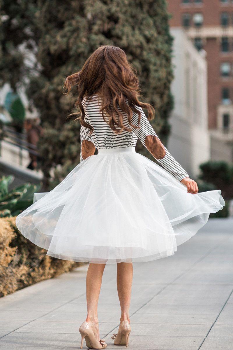 Eloise White Tulle Midi Skirt Morning Lavender Tulle Skirts Outfit White Tulle Midi Skirt Fashion [ 1200 x 800 Pixel ]