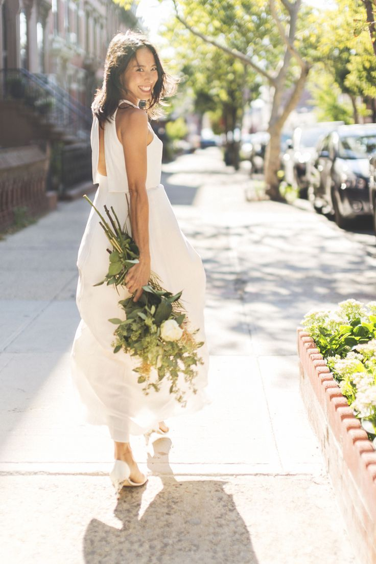 Lisa Przystup from James's Daughter Flowers, just got hitched and hung out with BHLDN to tell the tale. They talked jumpsuits, homemade cakes, foraged bouquets and more—read along on the #AnthroBlog #Anthropologie