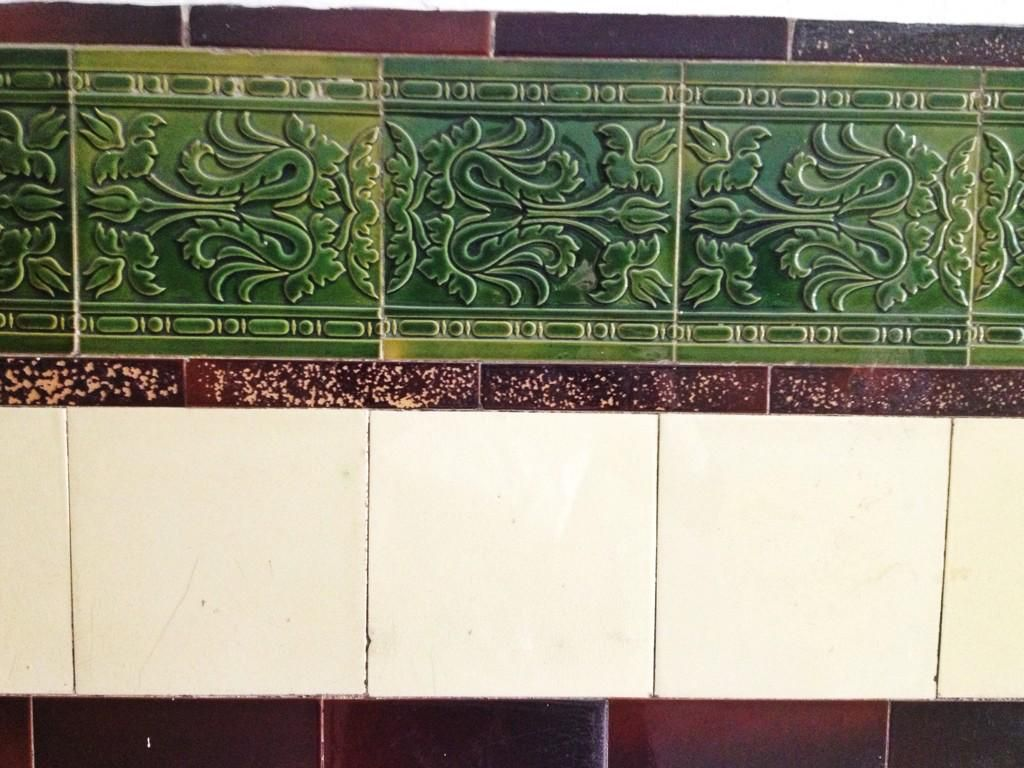 Tenement tiles on glasgow scotland and scotland scotland tenement tiles wallyclose vintage dailygadgetfo Image collections