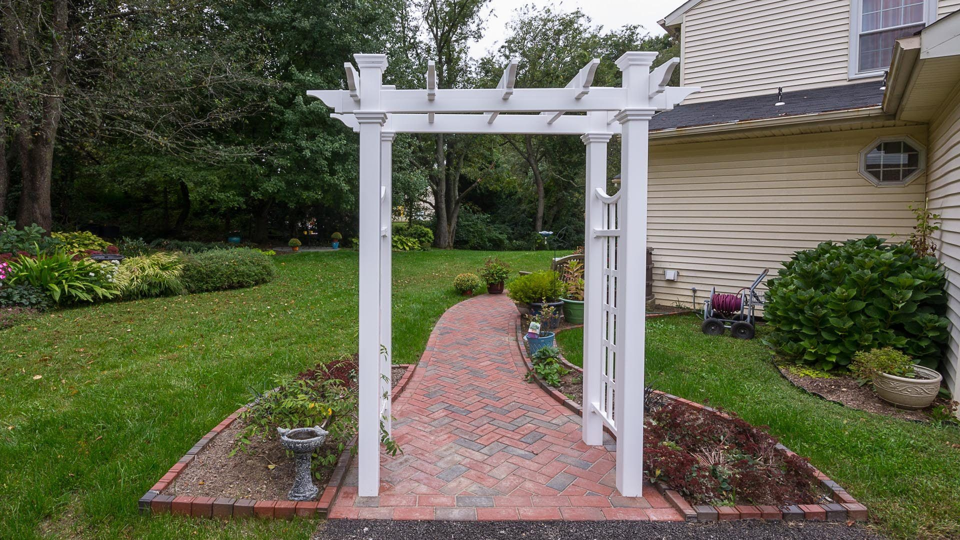Deck Design & Installation | Fence & Gate Installation ... on Disabatino Outdoor Living id=74189