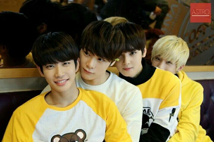 MJ Moonbin Eunwoo JinJin ♡ Never give up on the lovely things that make you happy ♡