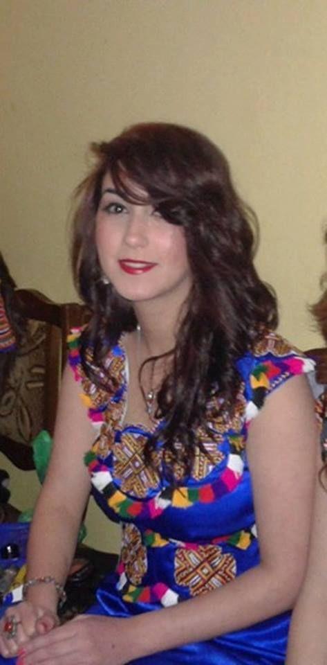 Robe kabyle moderne * Robe Kabyle * Pinterest Robe, Caftans