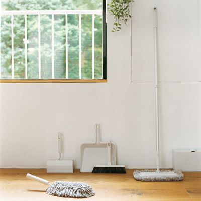 cleaning system | muji | polypropylene | bath sponge + refills, broom | brush | tile brush | duster | glass wiper | dry mop | wet mop