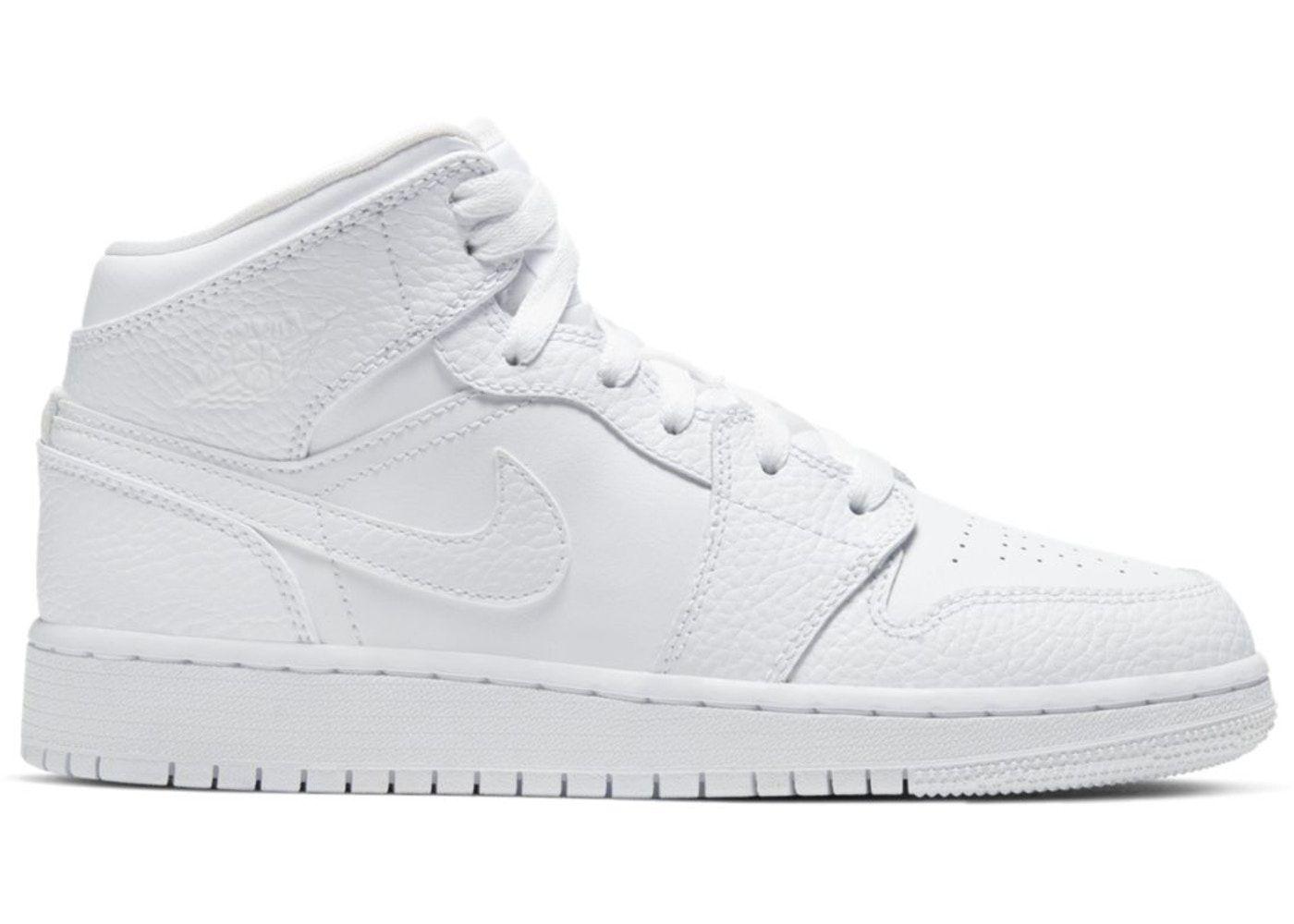 Jordan 1 Mid Triple White (GS) in 2021 | Jordan 1 mid white ...