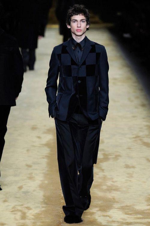 Fendi FW16.  menswear mnswr mens style mens fashion fashion style runway fendi
