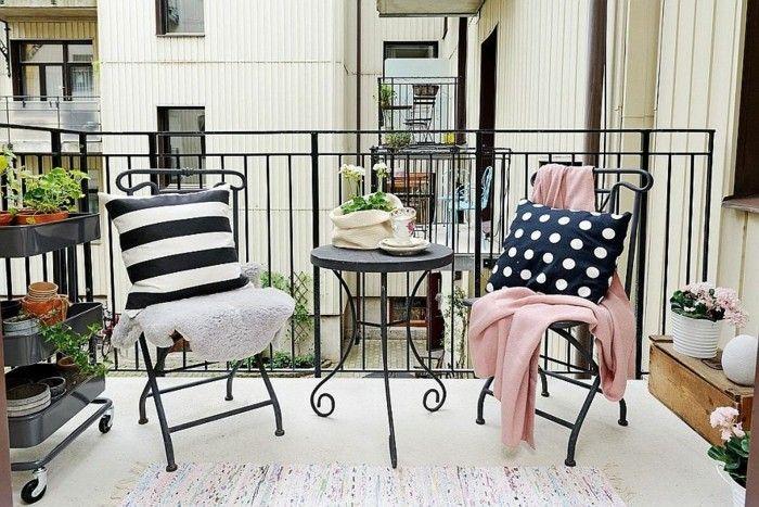 Mobili Da Giardino In Ferro : Come arredare un balcone mobili da esterno ferro battuto accenti