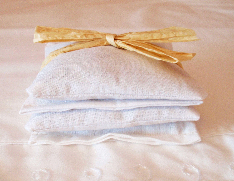 Lavender Sachets Set Of 4 In White Muslin Handmade Reusable Lavender Scented Drawer Sachets Eco Friendly Dryer Sheets Lavender Sachets Drawer Sachets Sachet