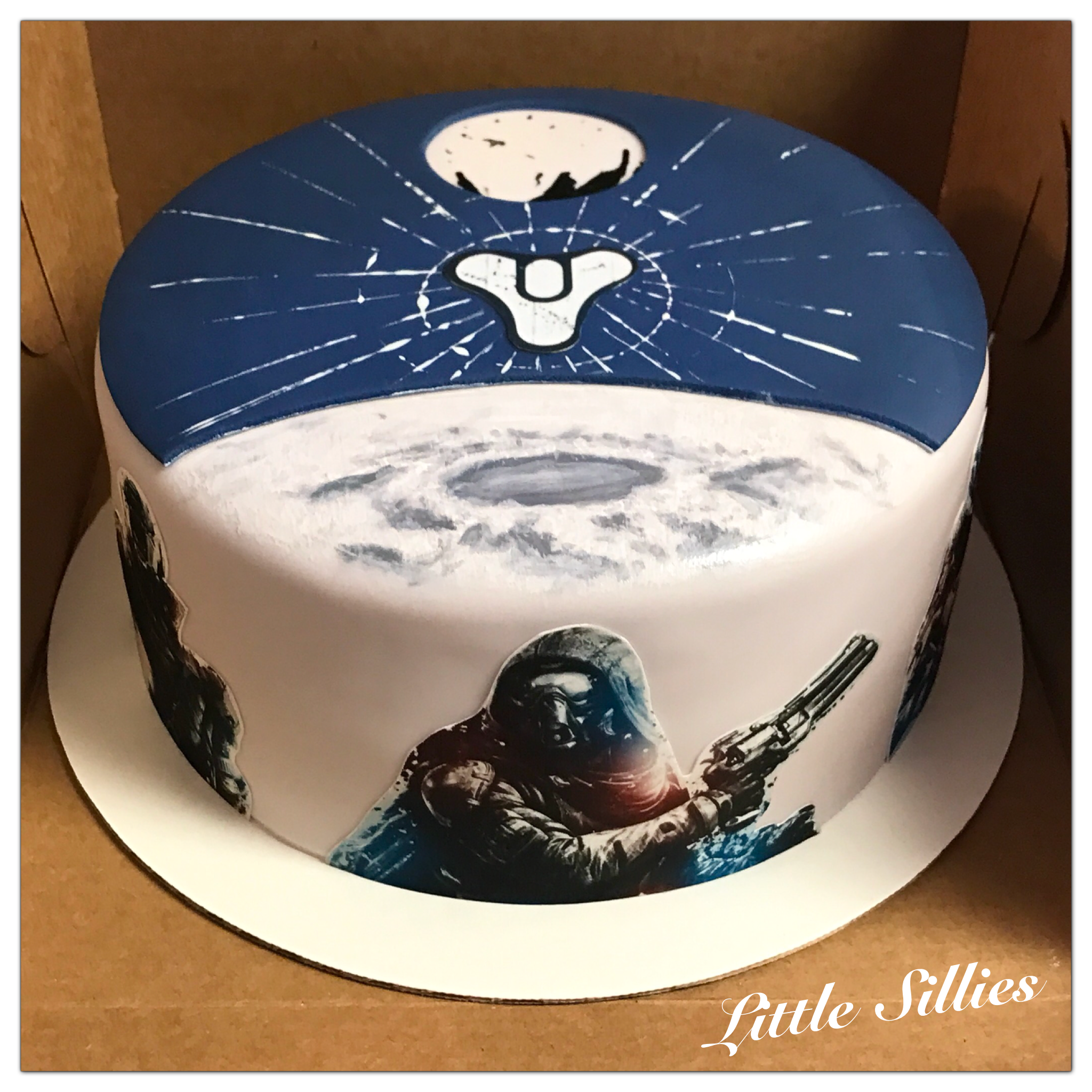 A Destiny (video game) themed cake Video game cakes