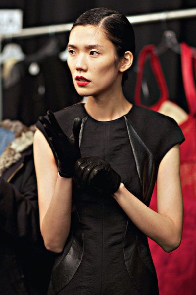 Asian leather mini gloves