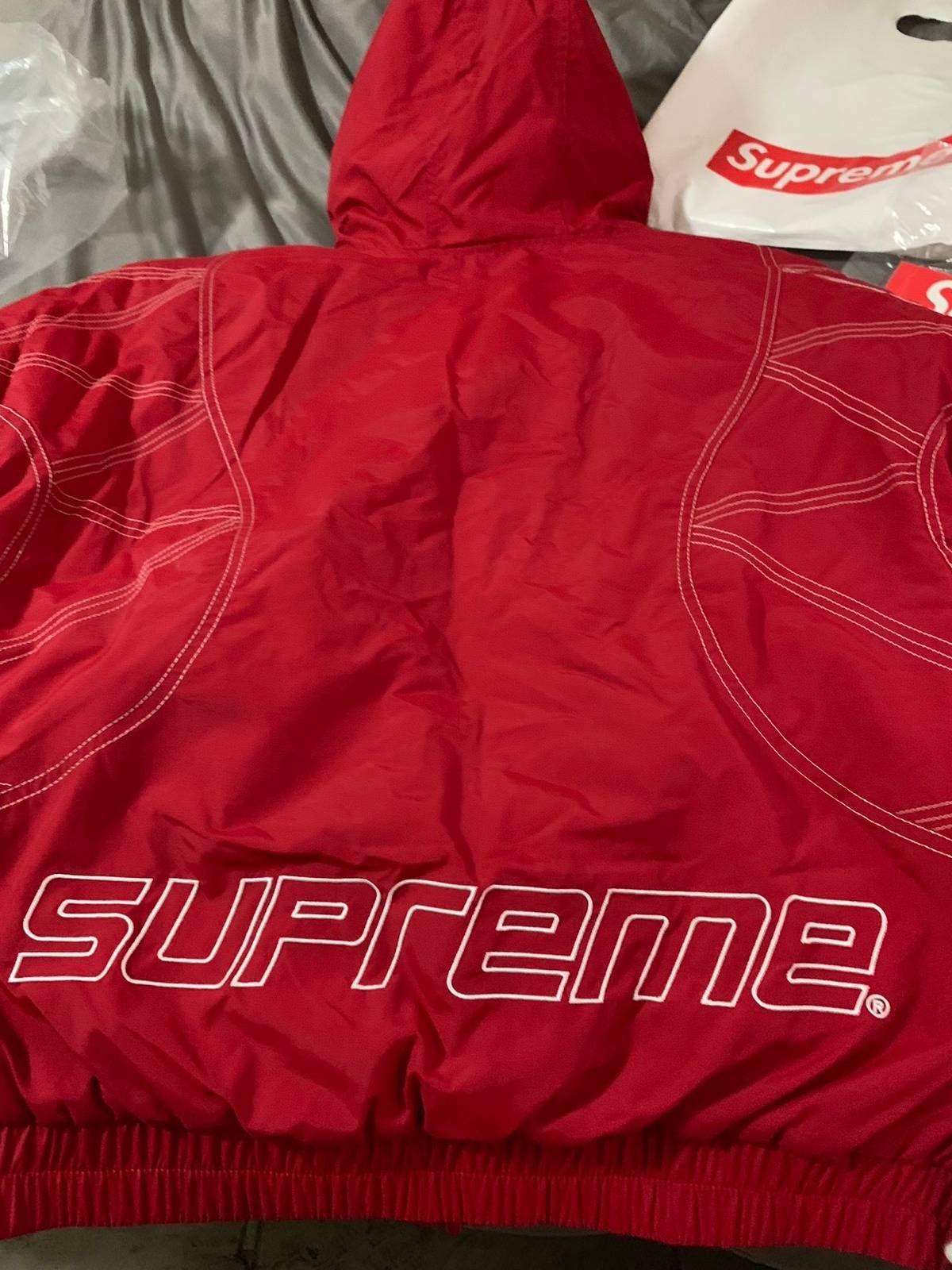 d46bc2e8 Supreme Supreme Zig Zag Stitch Puffy Jacket Size m - Light Jackets for Sale  - Grailed