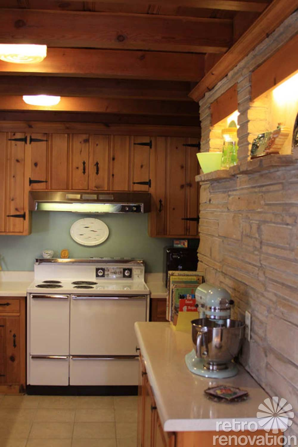 Knotty pine kitchen ceiling my vintage kitchen ideas - Pickwick Pine Paneling The Most Popular Knotty Pine Pattern In Midcentury America