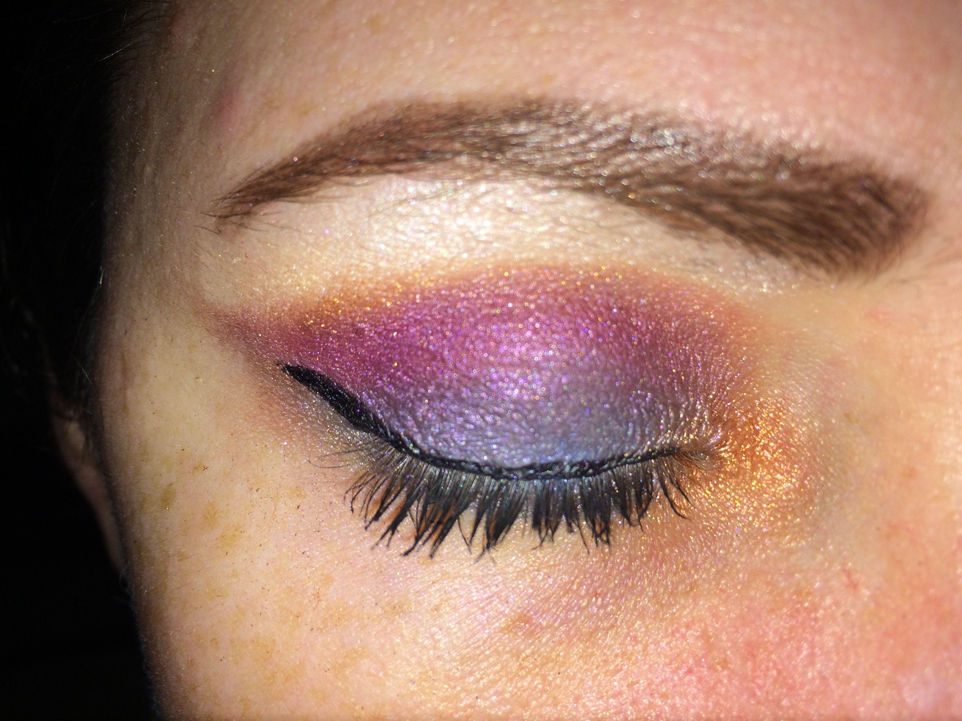 Eye makeup based on 'sunset'. #sunset #eyeshadow