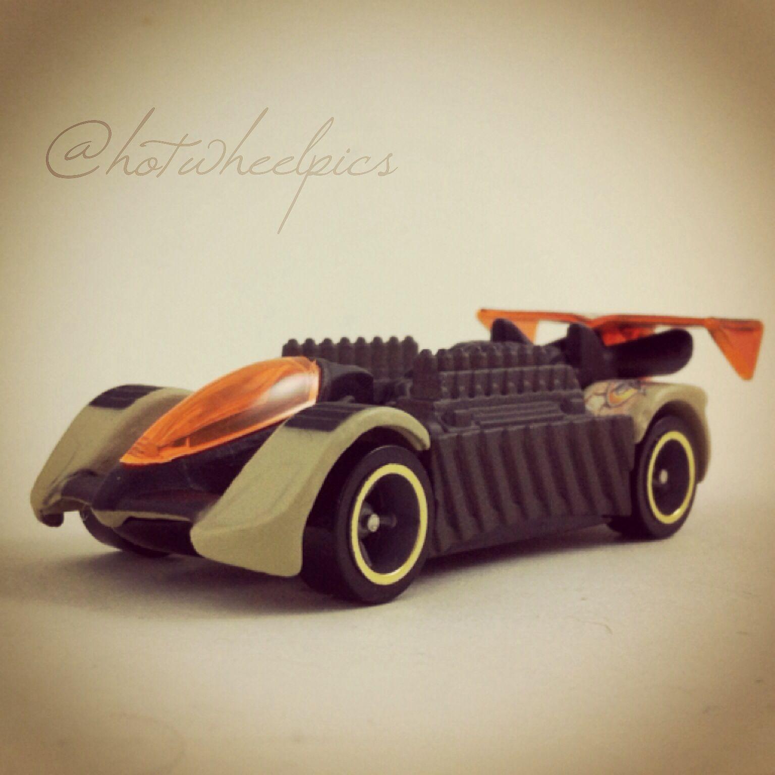 Mattel legends 1 24 1969 hot wheels twin mill concept car electronic - Krazy 8s 2003 Hot Wheels Hwy 35 World Race Dune Ratz Hotwheels