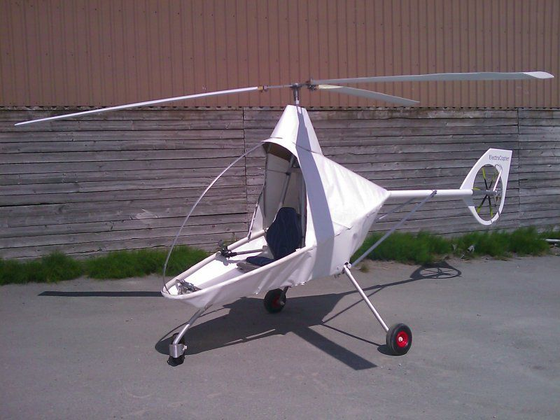 Single manned aircraft