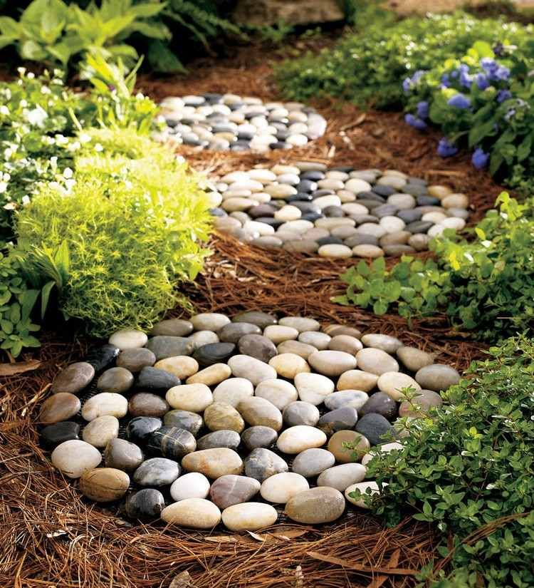 20 Ideas To Decorate Garden With Pebbles And Stones 1001 Gardens Rock Garden Landscaping Garden Stepping Stones Stepping Stones Diy