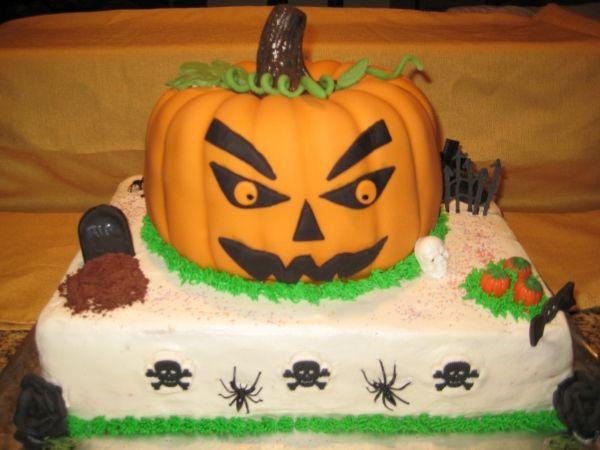 Haloween/Pumpkin Cake