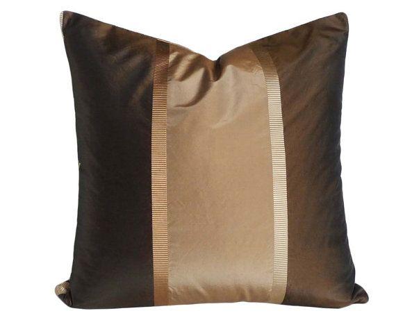 Moderne Kissenbezüge brown gold copper pillow brown striped pillow covers metallic