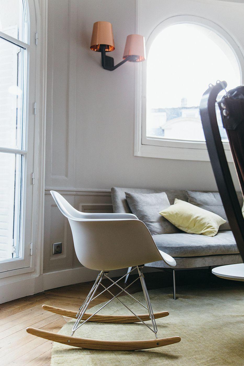 Plastic chair rar di vitra design eames i n t e r i o r s