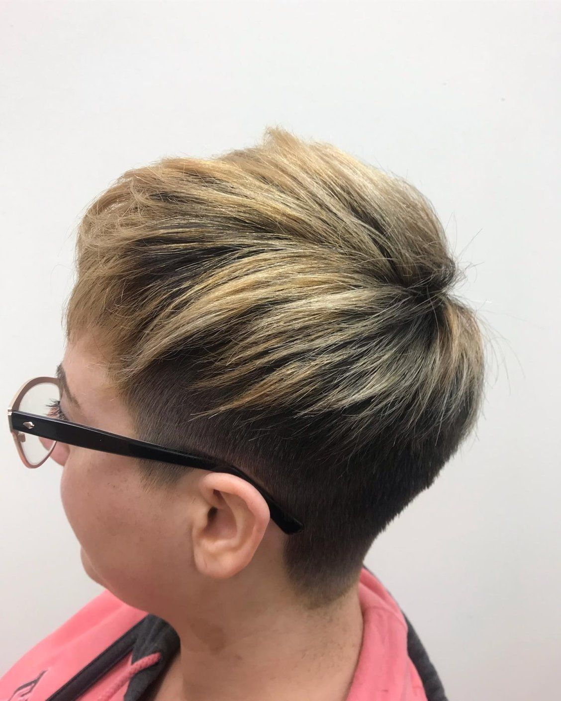The Hc Social Squad Stays Serving Our Client S Serious Change It Up Vibes And Beautiful Do S Book Your Appointment W Hair Cuttery Hair Inspiration Hair Trends